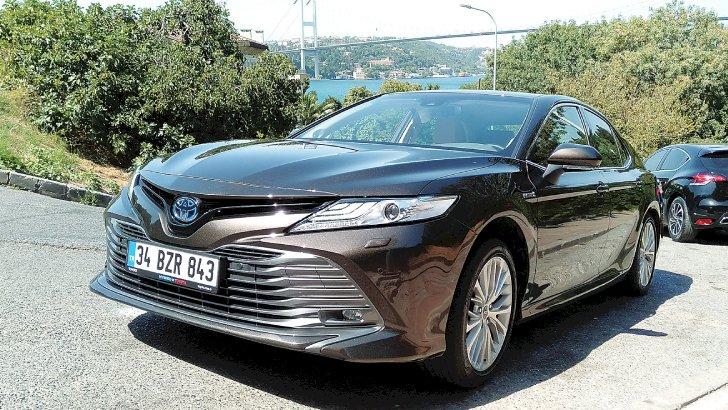 Toyota Camry Sürüş İzlenimleri