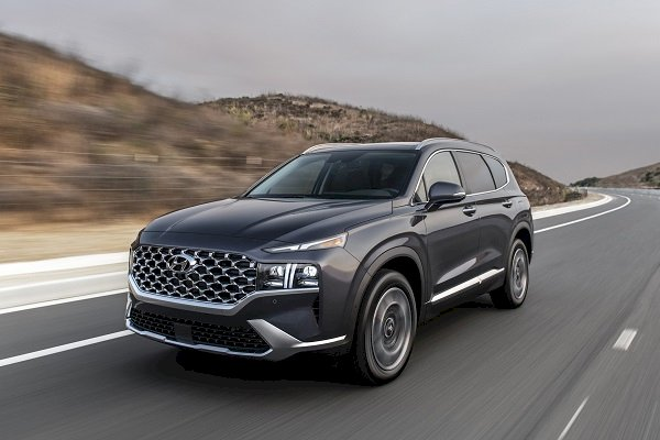 Hyundai Elantra ve Santa Fe güvenlikten tam not aldı